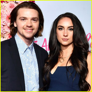Joel Courtney Announces Engagement to Girlfriend Mia Scholink!