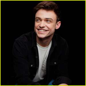 Thomas Doherty Shares Thoughts on Gender Reversal in 'High Fidelity'