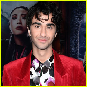 Alex Wolff Has an Extremely Famous Best Friend!