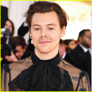 Harry Styles Reveals What He's Doing While Self-Isolating