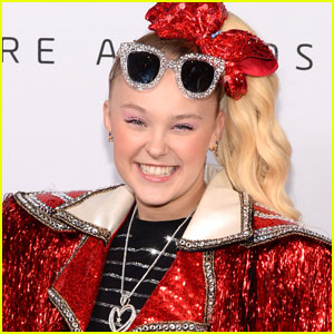 JoJo Siwa Reveals Why It's Especially Dangerous For Her to Leave the House