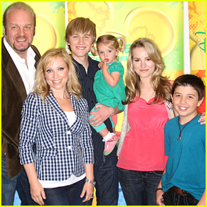 Bradley Steven Perry & 'Good Luck Charlie' Parents Celebrate Show's 10 Year Anniversary