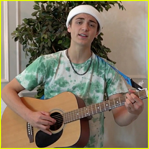 Asher Angel Performs 'All Day' Acoustic at Kids' Choice Awards 2020 - Watch!