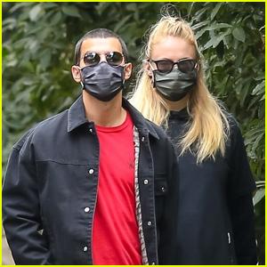 Sophie Turner & Joe Jonas Go for a Walk Amid Pandemic in LA