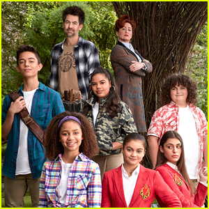 'Upside-Down Magic' Cast Dish On Sage Academy In Exclusive Featurette - Watch!