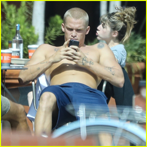 Cody Simpson Soaks Up the Sun in Venice With Friends