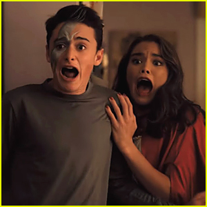 Adam Sandler Scares Noah Schnapp Paris Berelc In New Hubie Halloween Clip Halloween Karan Brar Movies Netflix Noah Schnapp Paris Berelc Just Jared Jr