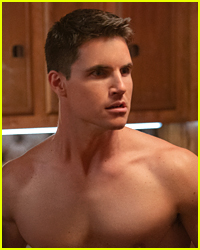 Robbie Amell Dishes On Being Shirtless In All of 'The Babysitter: Killer Queen'