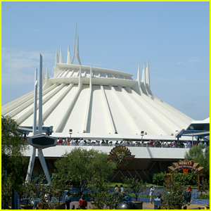 Disney Developing Live Action Movie Based on It's Theme Park Ride Space Mountain!