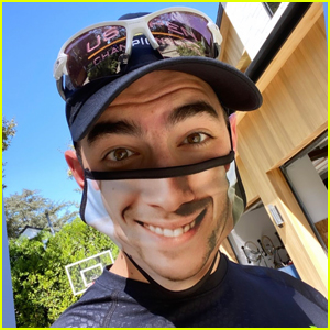 Joe Jonas is Showing Off His New Nick Jonas Face Mask!