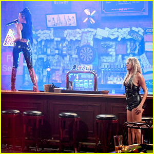 Kelsea Ballerini Lives Out 'Coyote Ugly' Dreams With Halsey For CMT Music Awards