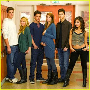 The Cast of 'The Secret Life of the American Teenager' Are Reuniting For a Call To Vote!