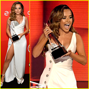 Becky G Makes History at American Music Awards 2020!
