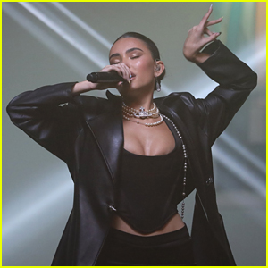 Madison Beer Performs 'Baby' At MTV EMAs 2020 (Video)
