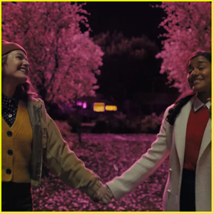 Jo Ellen Pellman & Ariana DeBose Star In Official 'The Prom' Trailer - Watch Now!