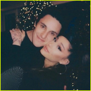 Ariana Grande Snapped Cute Christmas Photos with New Fiance Dalton Gomez!