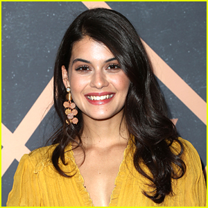 Sofia Black-D'Elia Set To Star In New Freeform Pilot 'Single Drunk Female'