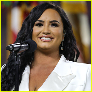 Demi Lovato To Star In New Comedy Pilot 'Hungry' For NBC!