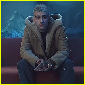 Zayn Malik Shows Off Blonde Hair In 'Vibez' Music Video - Watch Here!