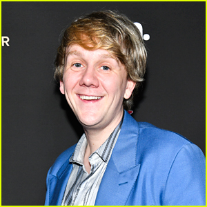 Everything's Gonna Be Okay's Josh Thomas Opens Up About Criticism of the Show