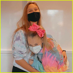 JoJo Siwa Says 'Love is Awesome' While Raving Over Girlfriend Kylie Prew!
