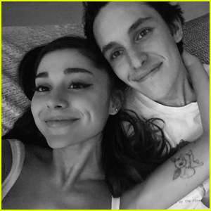 Ariana Grande & Dalton Gomez Are Married - Get The Details!!