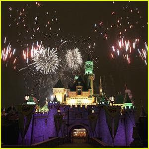 Disney Parks Announces The Return of Fireworks Shows at Disneyland & Walt Disney World
