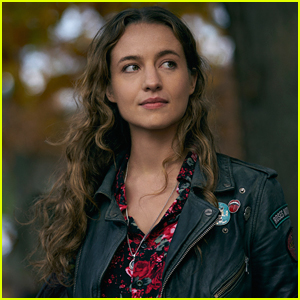 Stella Baker Stars In New CW Series 'The Republic of Sarah' - Watch the Trailer!