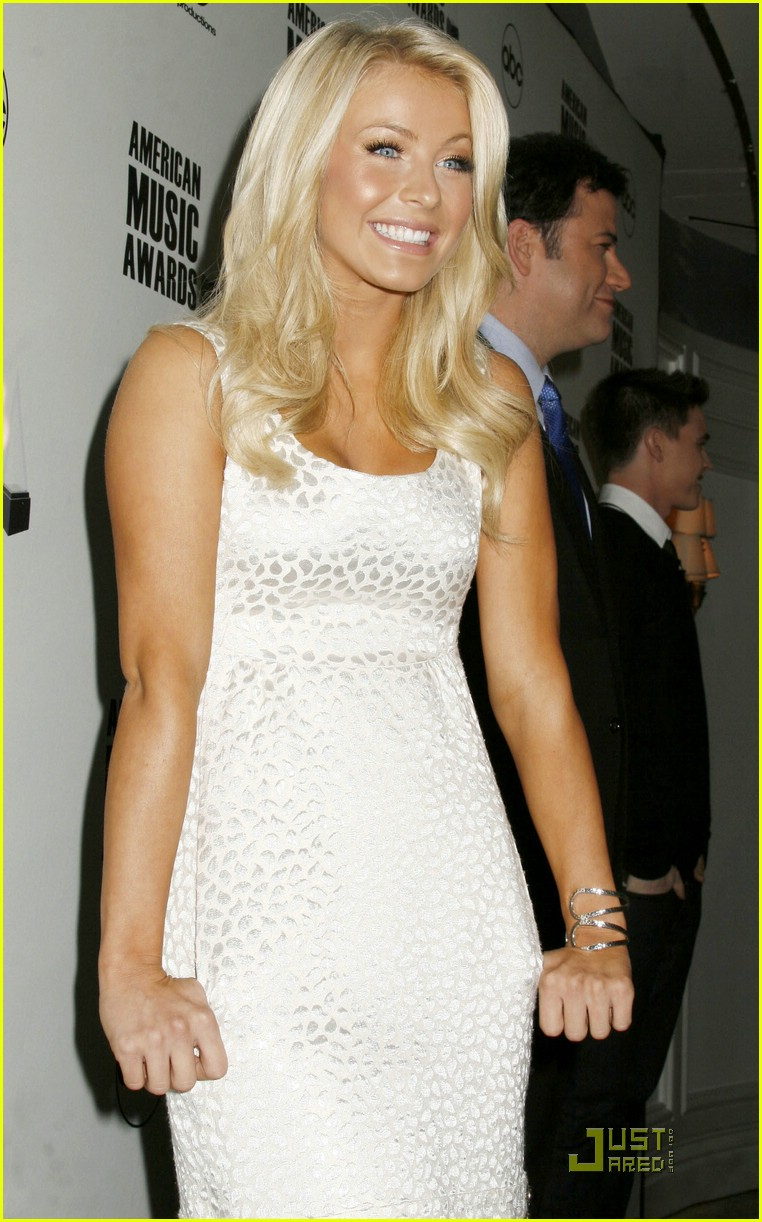 julianne hough ama nominees 12
