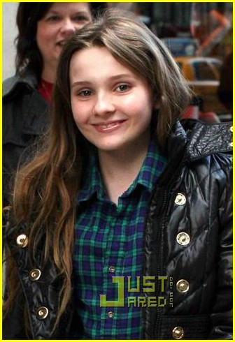 abigail breslin barney shopper 03