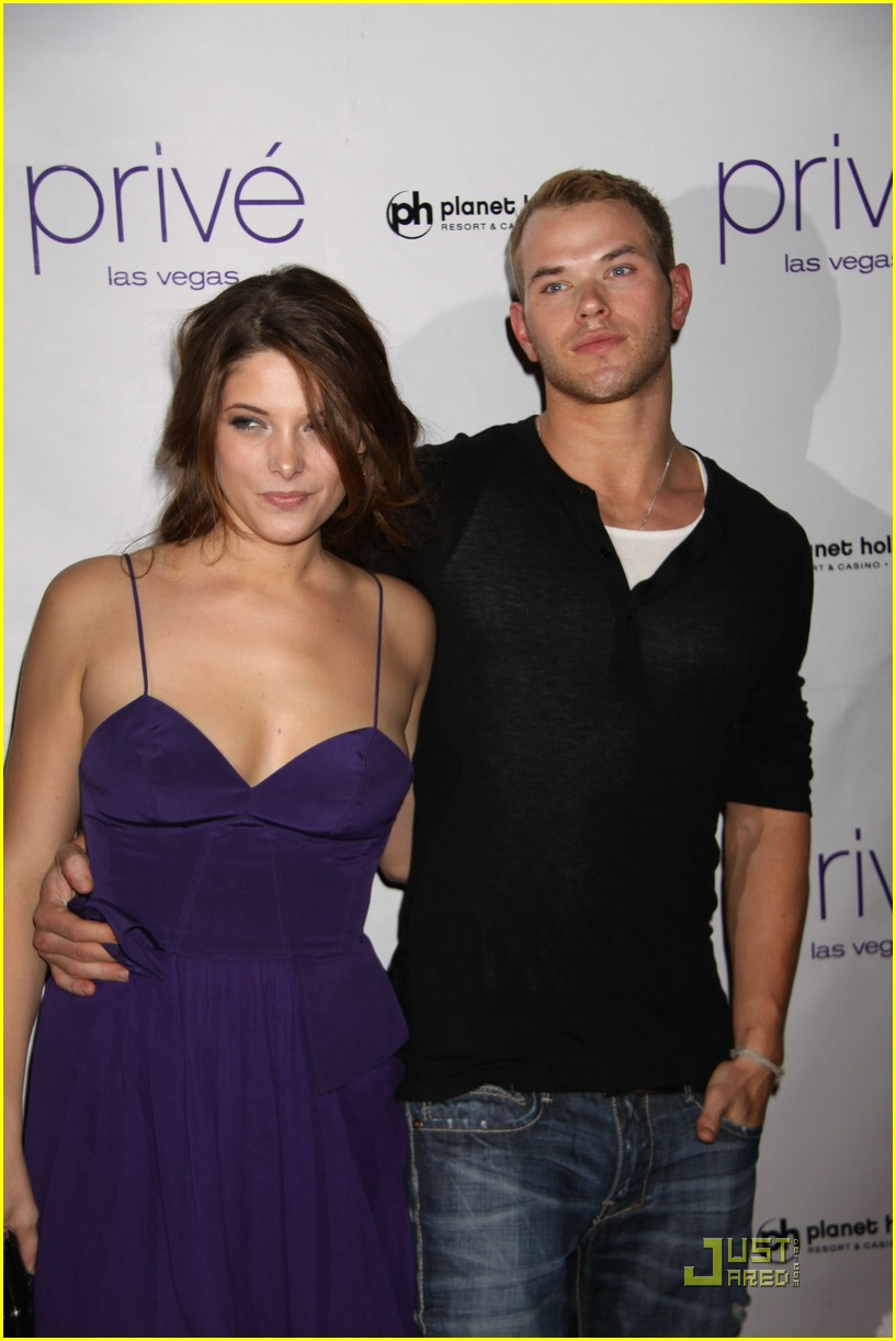 ashley greene kellan lutz prive 08