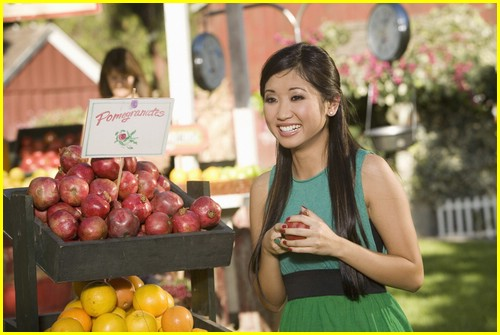 brenda song pass the plate 12