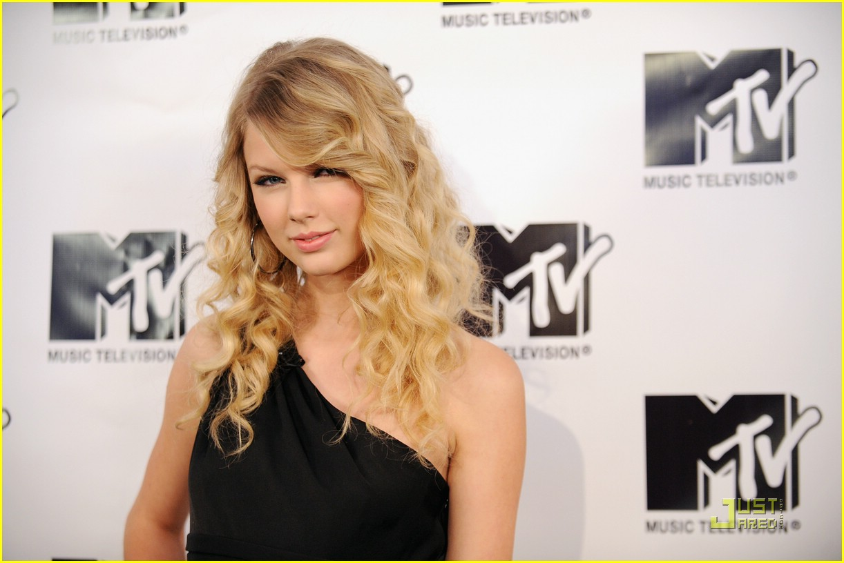 taylor swift trl finale 07