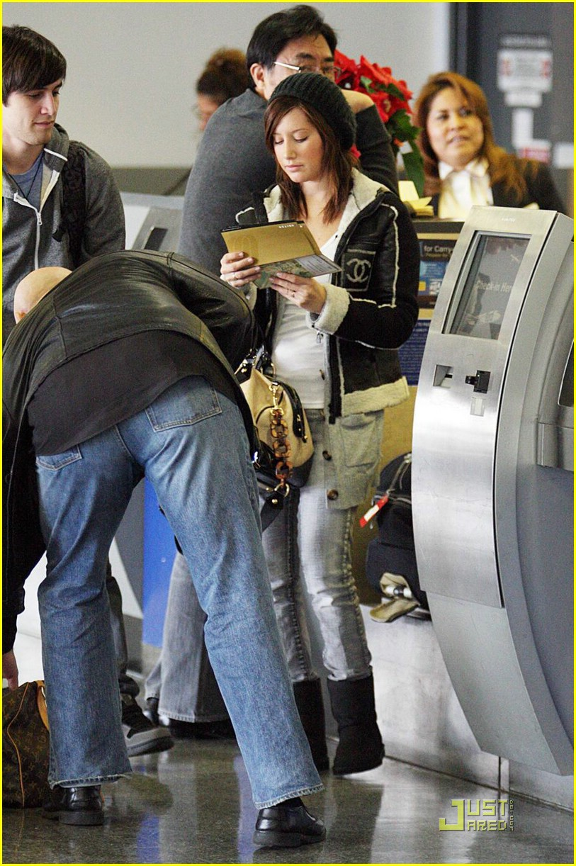 ashley tisdale jared murillo lax 01