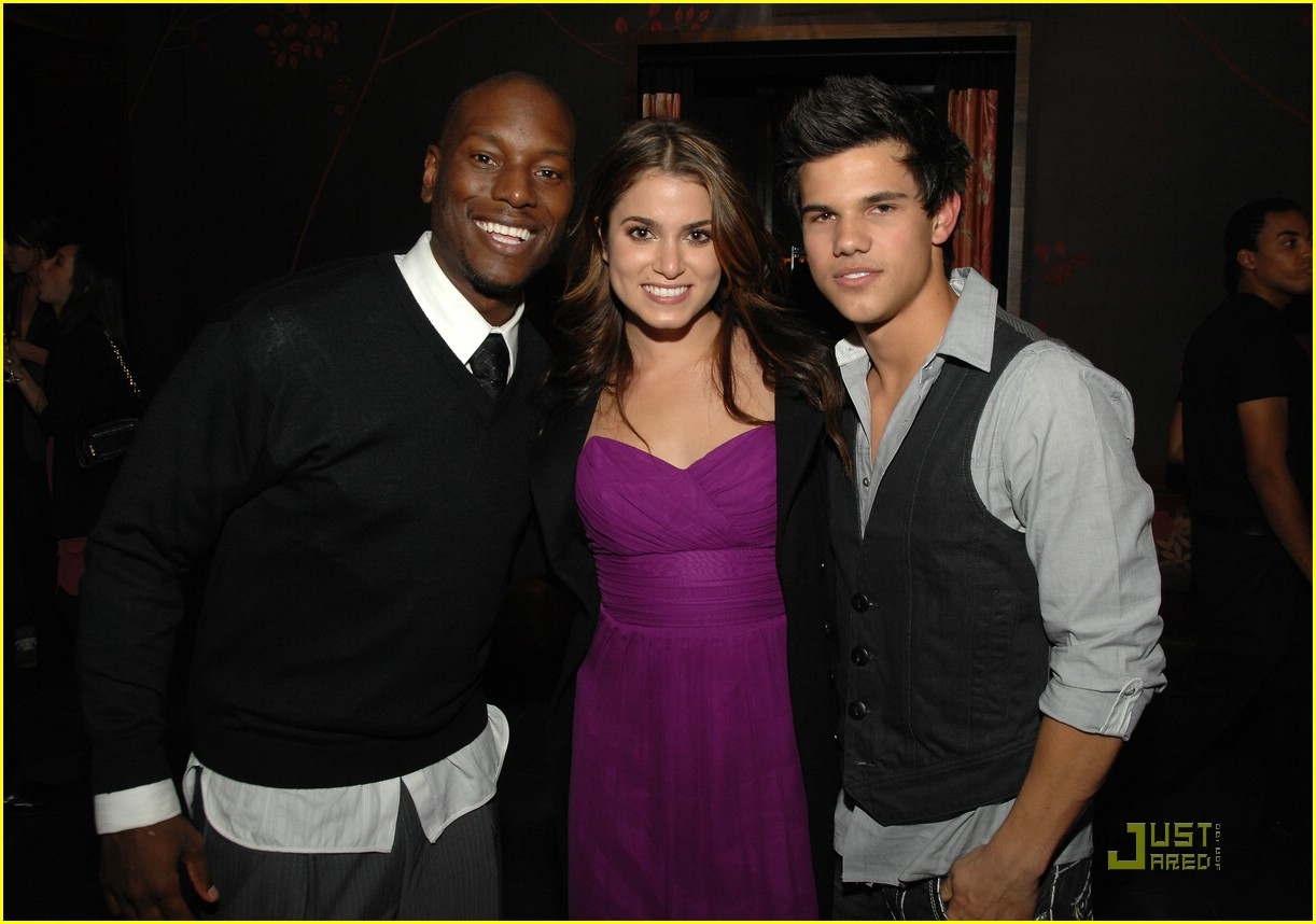 nikki reed taylor lautner salute hollywood 11