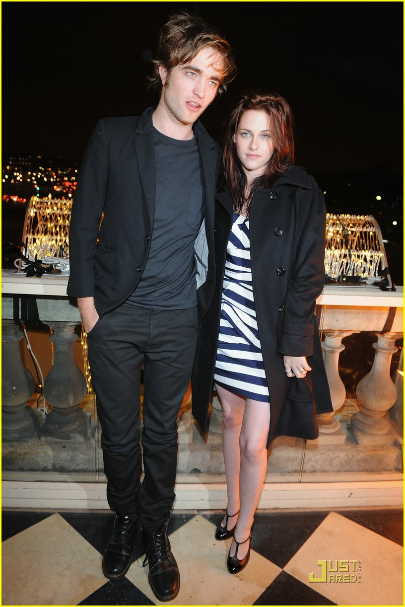 kristen stewart twilight paris 24