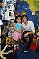 Zac-hospital zac efron mattel childrens hospital 04