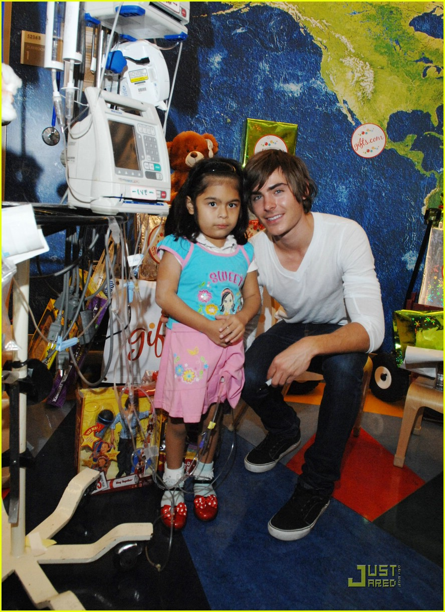zac efron mattel childrens hospital 04
