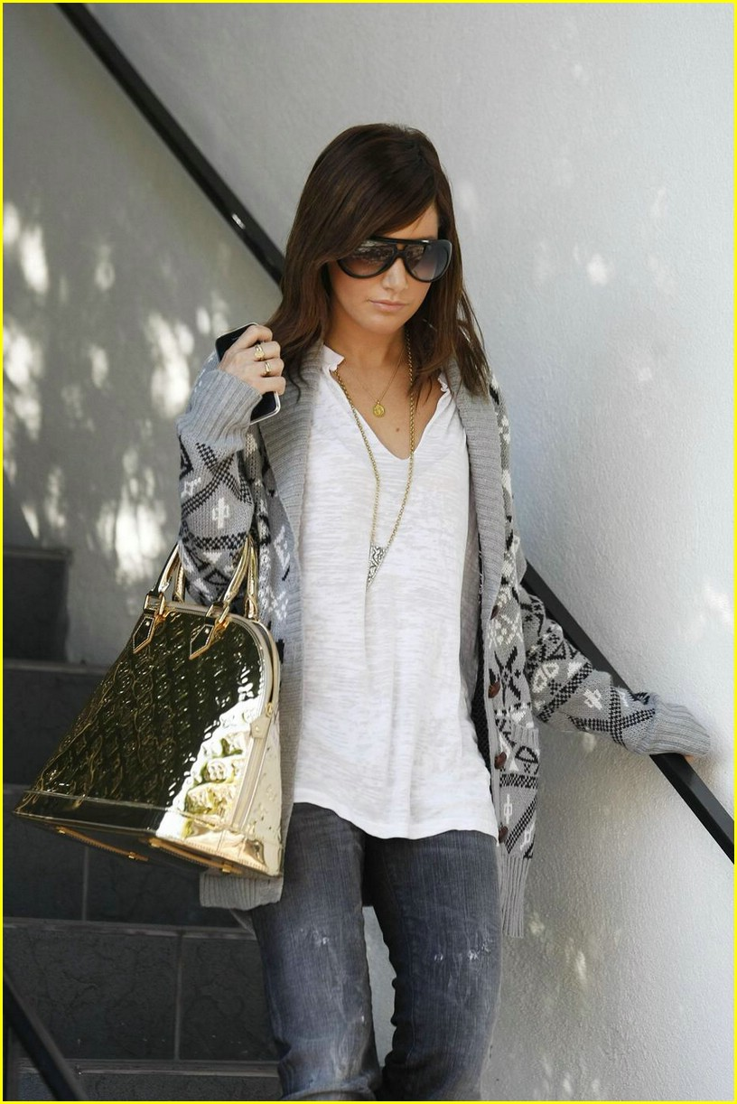 ashley tisdale la meeting 03