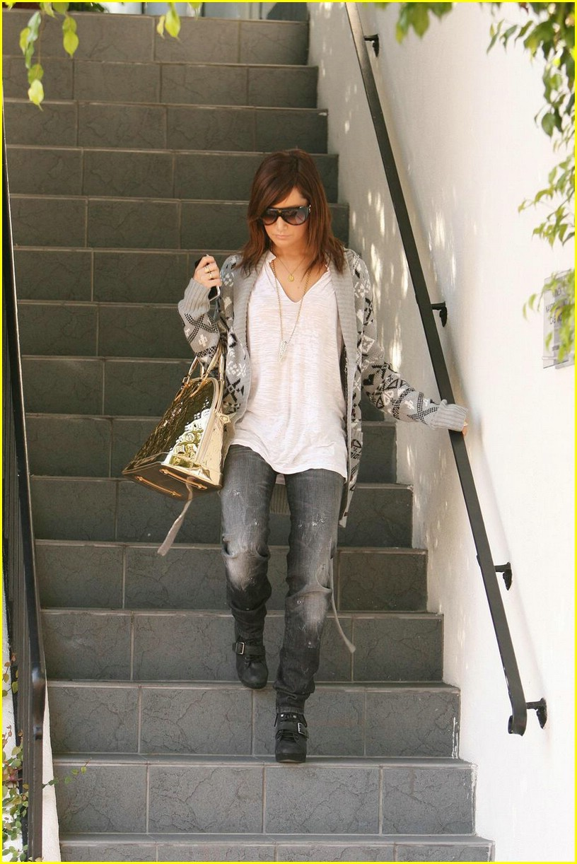 The Suite Life on Deck With Ashley Tisdale | Photo 39601 ...