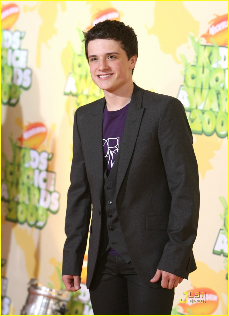 josh hutcherson kids choice awards 01