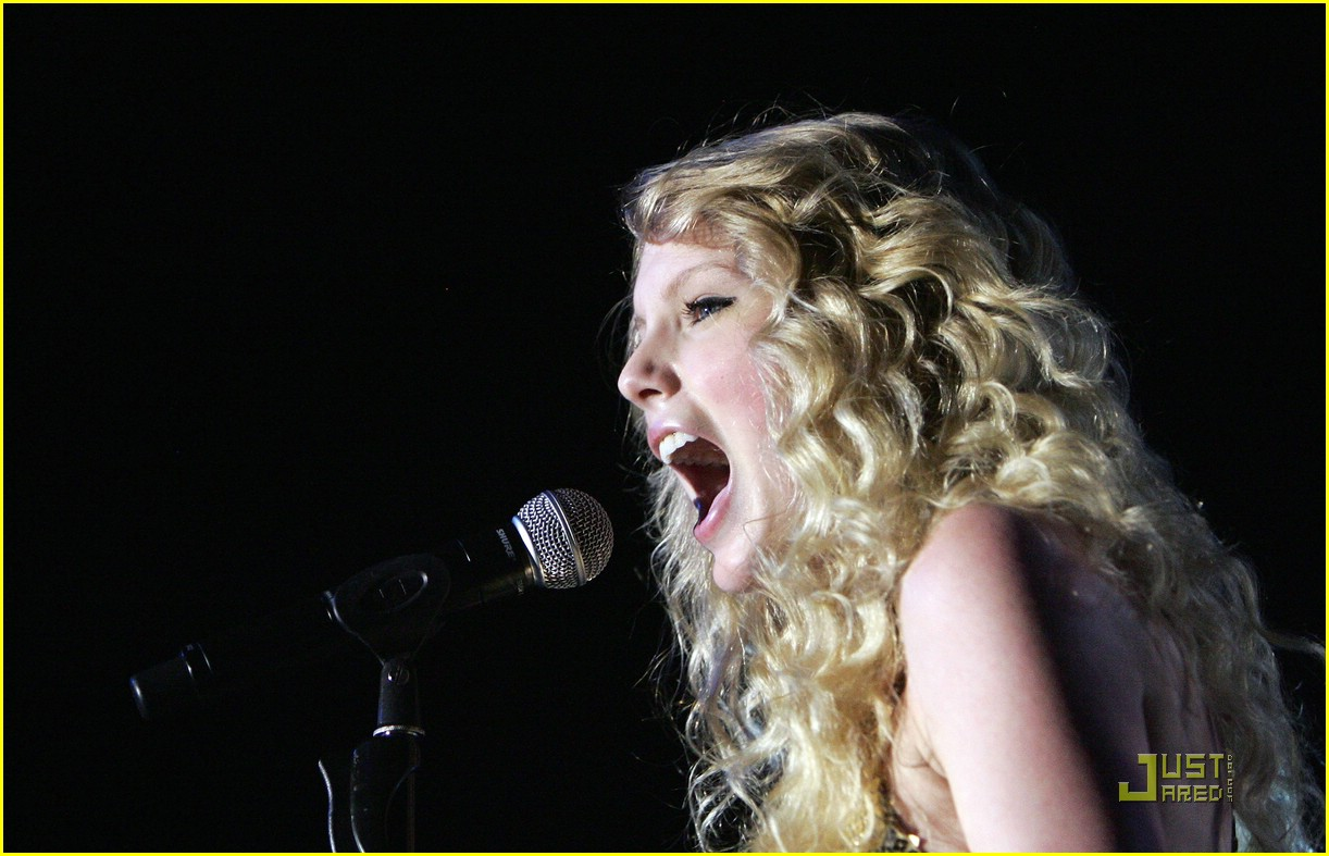 taylor swift sydney factory theatre 10