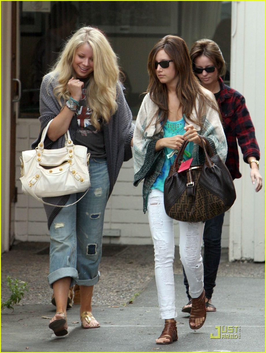 ashley tisdale samantha droke patys 13