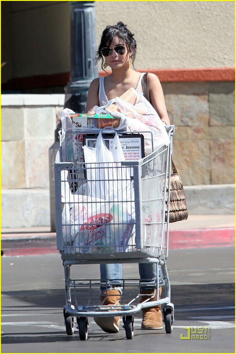 vanessa hudgens grocery girl 01