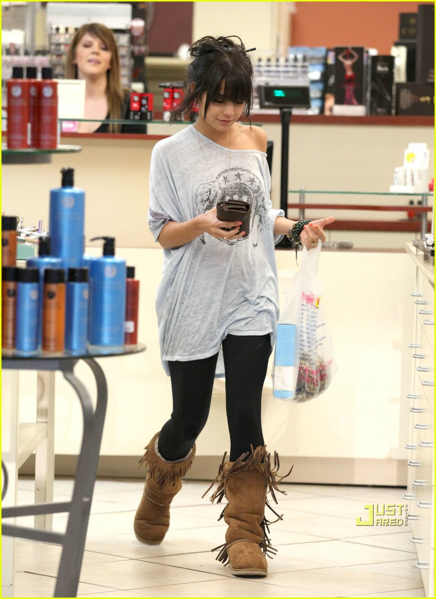 vanessa hudgens fringe boot 10