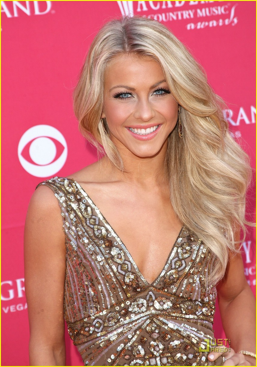 julianne hough acm winner 18