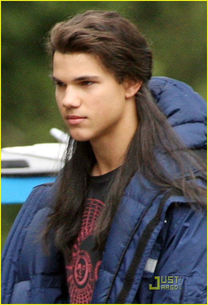 new moon set pics 02