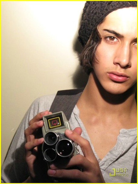 victoria justice avan jogia 04