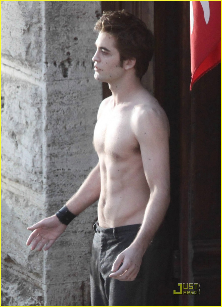 robert pattinson shirtless 00