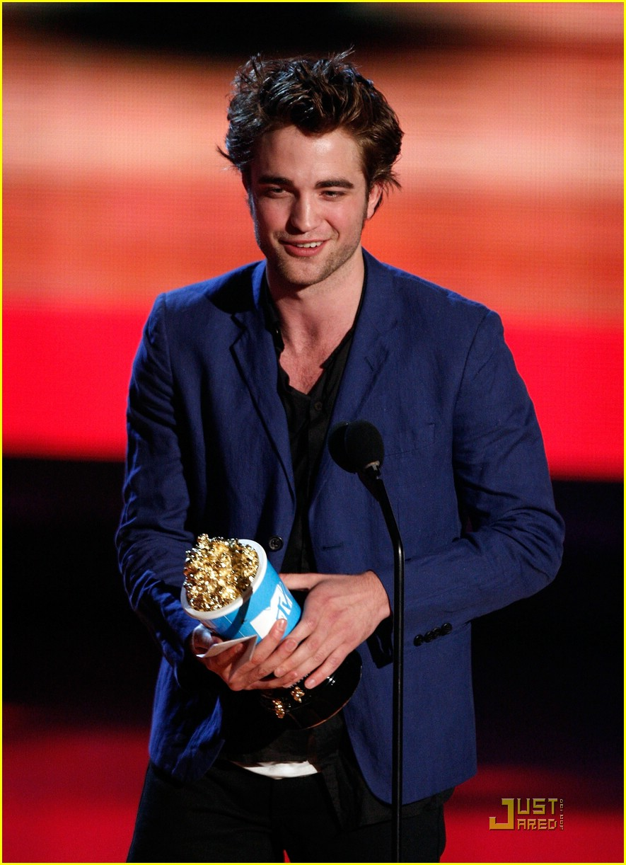 robert pattinson mtv movie awards 06